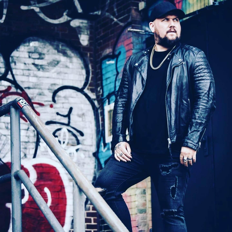 Brandon Saller/Atreyu on HiNOTE